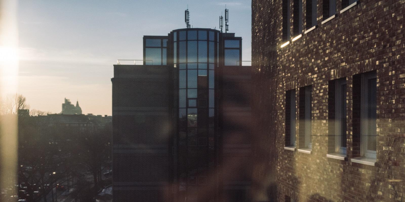 Der Sonnenaufgang vom Schlüterschen Gebäude