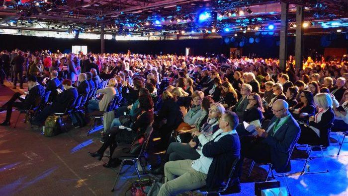 Voller Saal beim Deutschen Pflegetag 2019