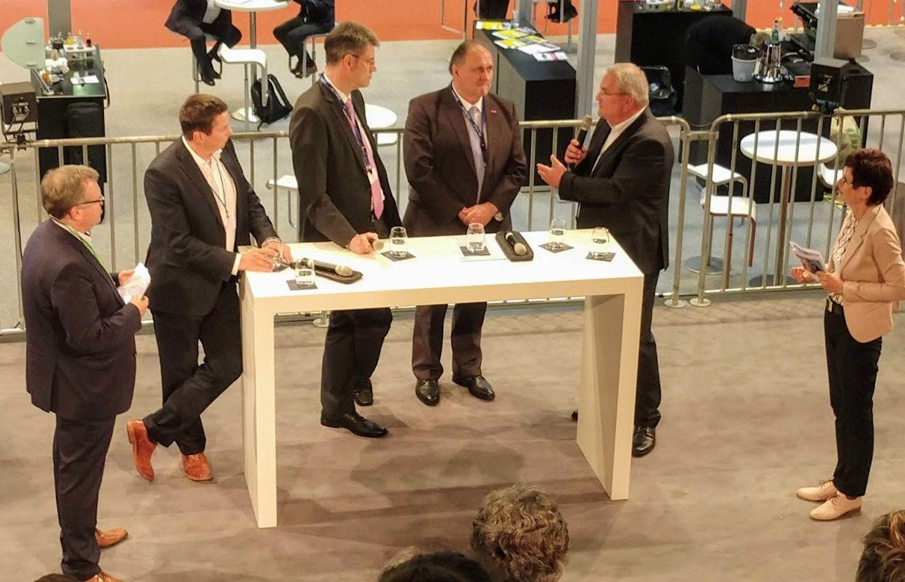 Podiumsdiskussion zum Handwerk beim Fuhrpark-FORUM 2019